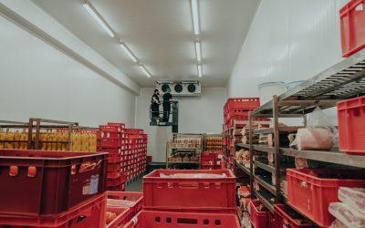 GKKT Team in den Kühl- und Lagerhäusern einer Metzgerei