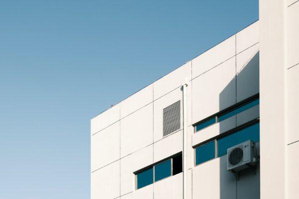 Luftfilter in Klimaanlage filtern Corona Viren